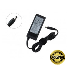 Cargador notebook samsung original 19v 2.1a pin central